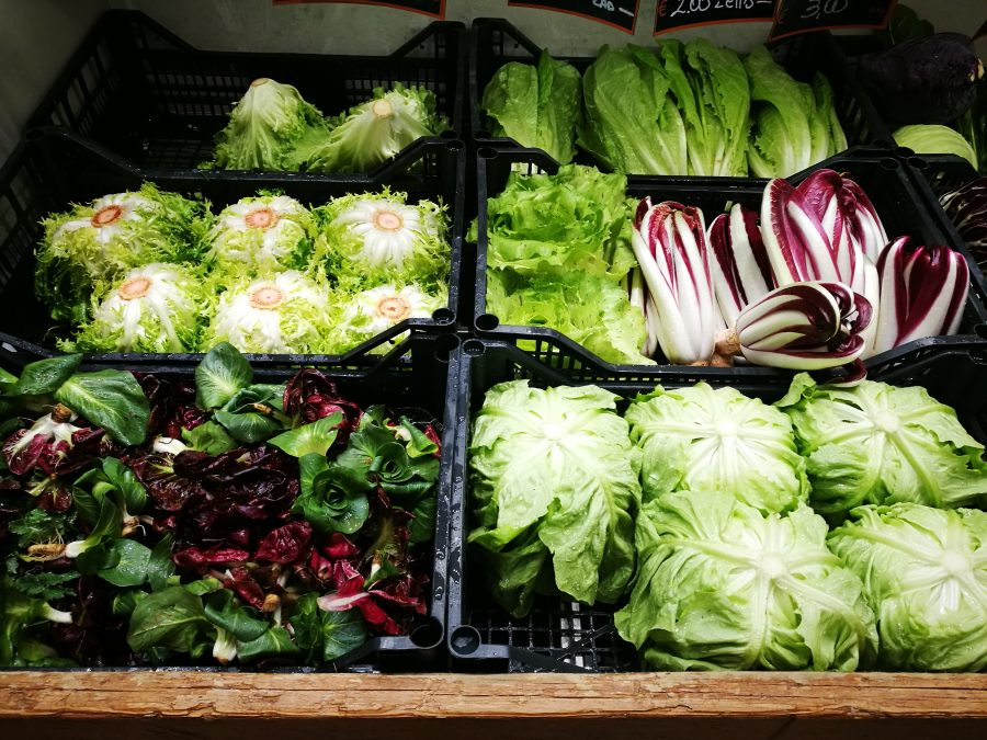 Proprietà e benefici dell'insalata